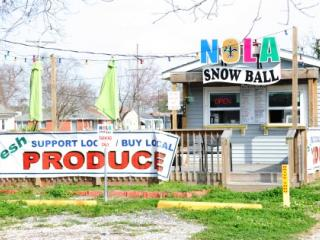 Snowball Stand