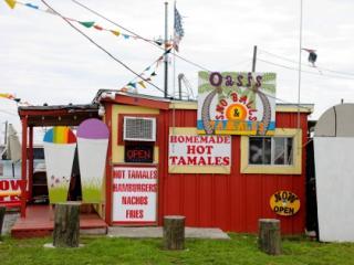 Oasis Sno-balls & Tamales